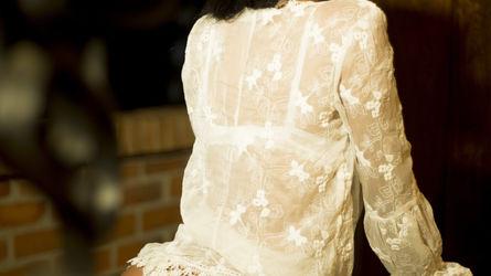 AkiraLeen | www.showload.com | Showload image36