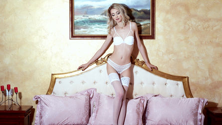 VeroniqueVales | www.webcam-porn.co.uk | Webcam-porn Co image23