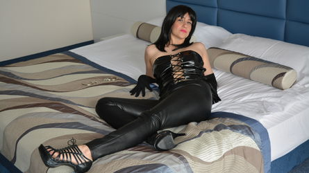 SquirtSandraxxx | www.sexierchat.com | Sexierchat image6