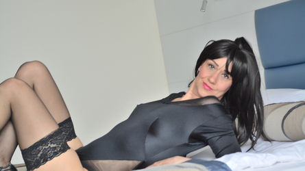 SquirtSandraxxx | www.sexlivecam.co.uk | Sexlivecam Co image17