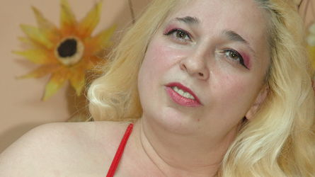 MilfySophie | www.sexcam4chat.com | Sexcam4chat image26