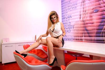 RheaRey's hot photo of Girl – thumbnail
