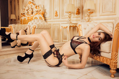Can u help me with my lingerie